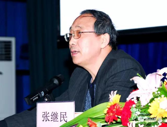2005年4月,张继民在湖北长江大学进行科普演讲