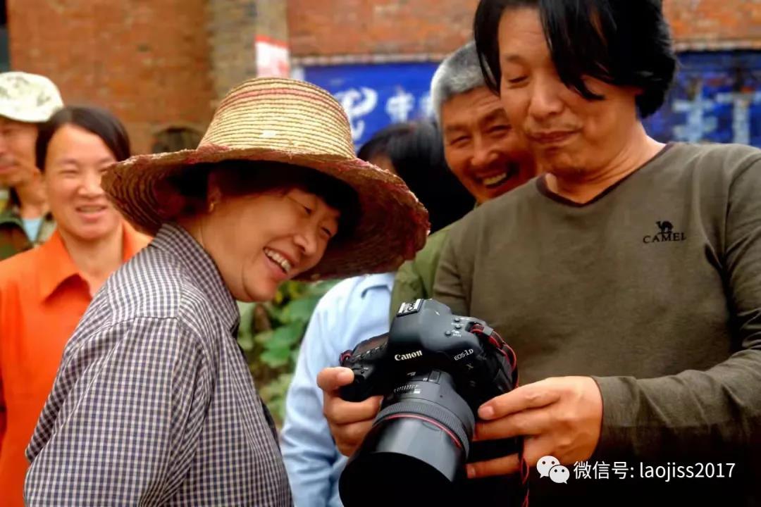 摄影家白锁亮和他的乡亲们