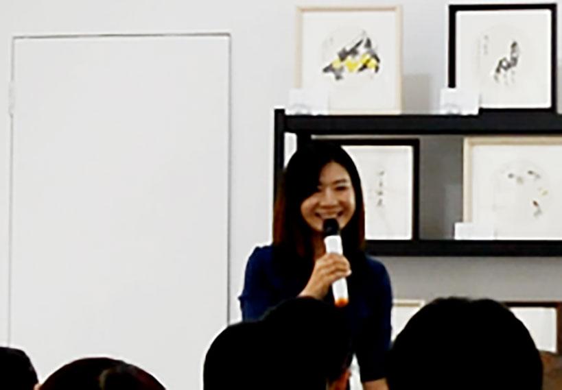 开幕式由三昧艺术馆馆长董秀娟主持